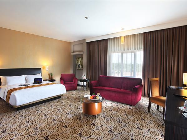 Junior Suite Single & Twin