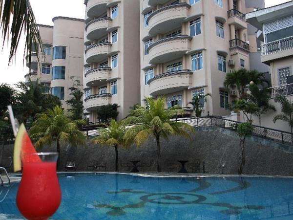 Residential pool bar residential pool bar w churl residential pool bar island pool bar swiss belinn batam residential s malvernweather Gallery