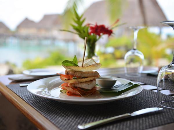 Poreho Restaurant Tikehau Pearl Beach Resort