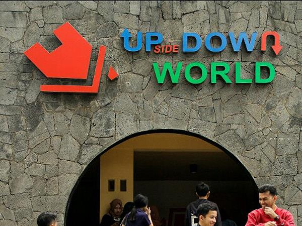 Upside Down World Bandung Zest Sukajadi Bandung