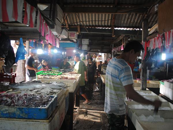 Kedonganan Fish Market Swiss-Belhotel Tuban