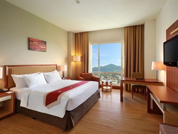 Deluxe Room Swiss-Belhotel Maleosan Manado