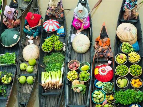 Lok Baintan Floating Market Banjarmasin Swiss-Belhotel Borneo Banjarmasin