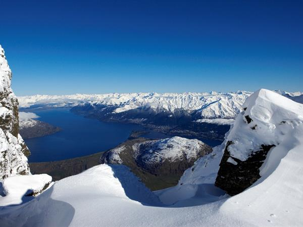 Skiing in Queenstown – the Ultimate Winter Holiday Destination Swiss-Belsuites Pounamu Queenstown