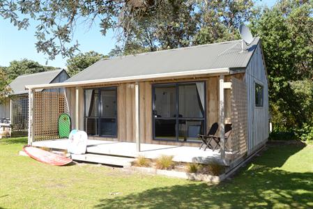 One Bedroom Self-Contained Cabin
