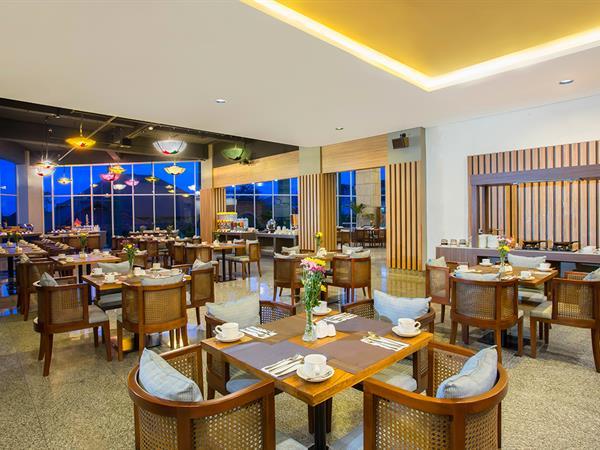Swiss-Café™ Restaurant Swiss-Belhotel Pangkalpinang