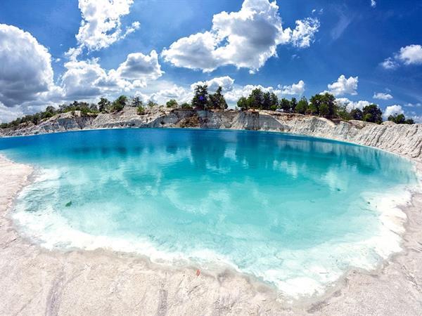 Danau Kaolin Swiss-Belhotel Pangkalpinang