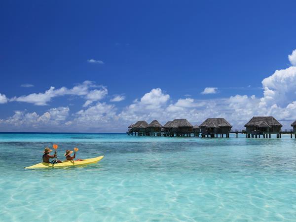 Sur l'eau Tikehau Pearl Beach Resort