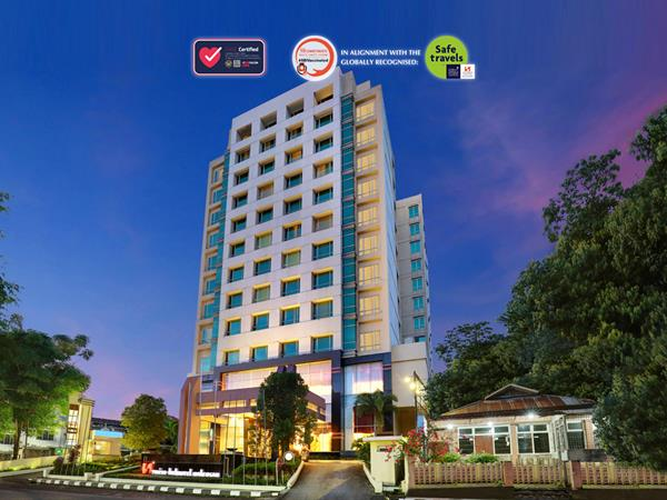 Swiss Belhotel Maleosan Manado Book Direct Save