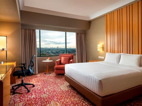 Kamar Ciputra Deluxe Hotel Ciputra Jakarta managed by Swiss-Belhotel International
