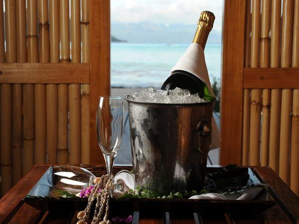 Te Vanira, La plus intime des cérémonies Le Taha'a by Pearl Resorts