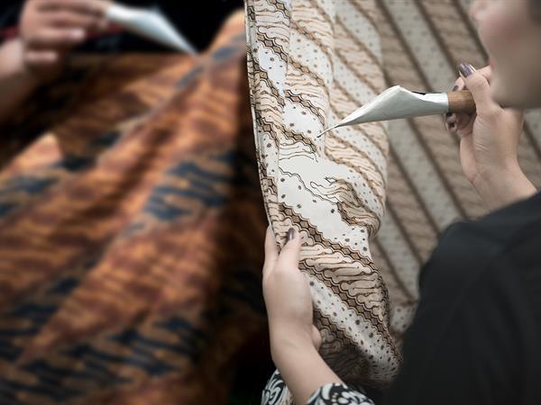Trusmi Batik Swiss-Belhotel Cirebon