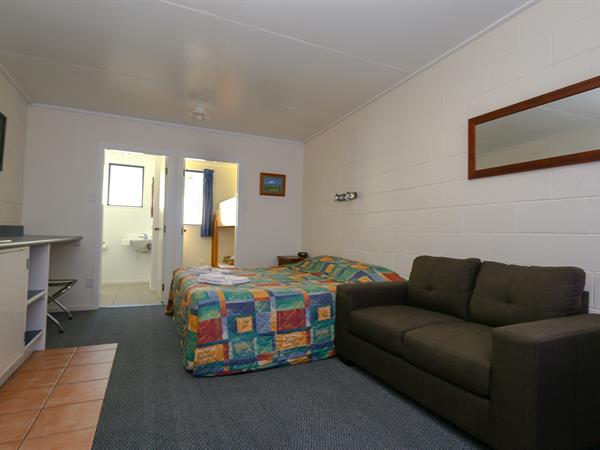 Unit - Studio with Bunkroom