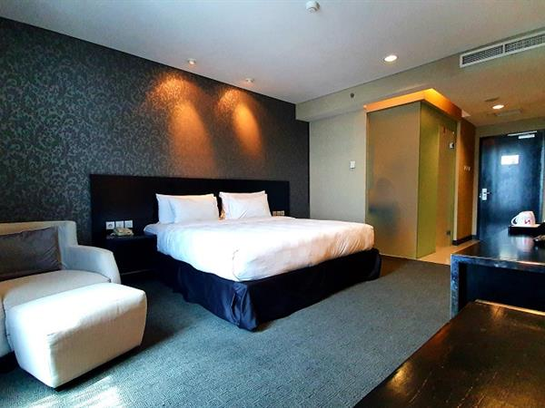 Superior Room Swiss-Belhotel Mangga Besar Jakarta