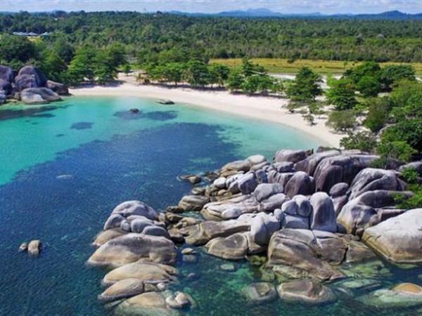 Tanjung Tinggi Beach Swiss-Belresort Tanjung Binga