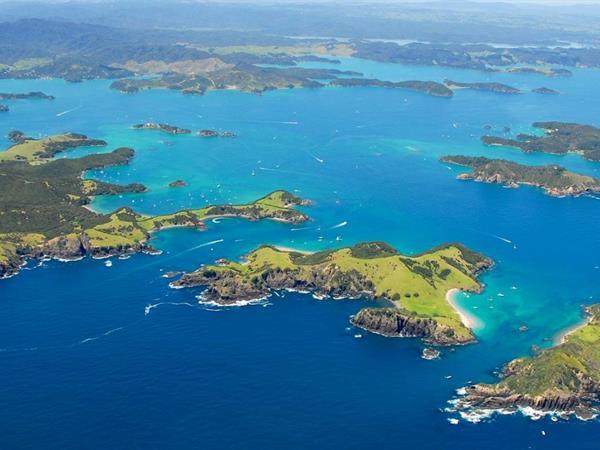 URUPUKAPUKA ISLAND ARCHAEOLOGICAL WALK Paihia Top 10