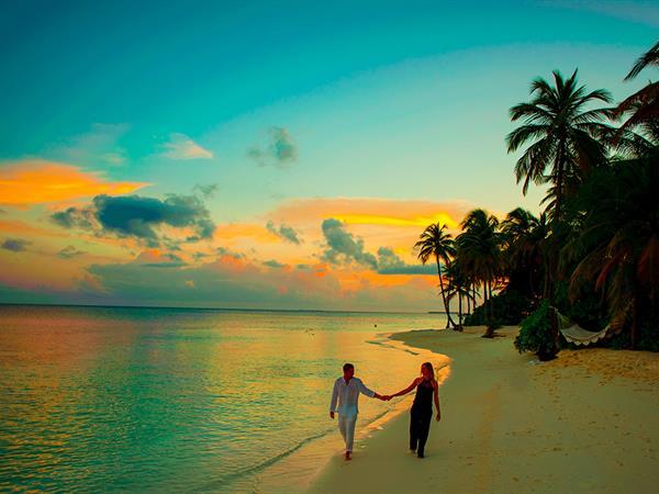 Pantai Tanjung Pendam Swiss-Belresort Belitung