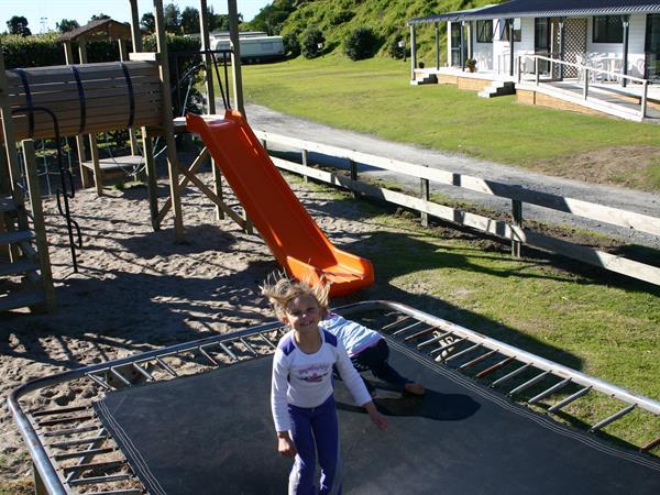 Entertainment Bowentown Beach Holiday Park