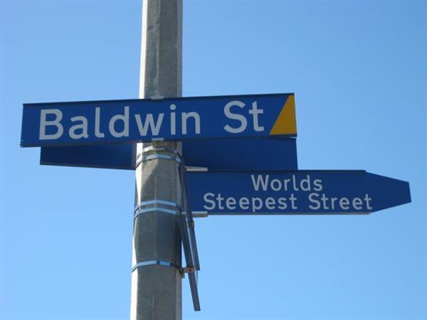 Baldwin Street Aaron Lodge Holiday Park