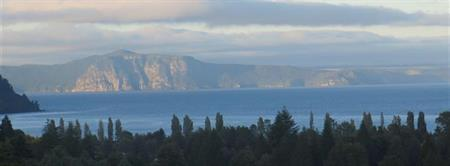 Luxury lodge overlooking New Zealand's great lake The lodge at Kinloch