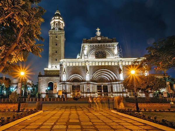 Manila Cathedral Swiss-Belhotel Blulane