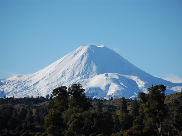 Tongiriro Alpine Crossing Must Haves Tongariro Alpine Crossing