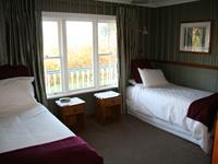 Twin Room Charlemagne Lodge