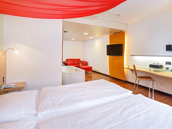 Deluxe Room Swiss-Belhotel du Parc