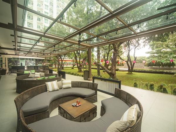 Jade Terrace & Jade Lounge Bar Swiss-Belresidences Kalibata