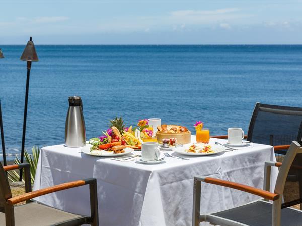 Hiti Mahana Restaurant Le Tahiti by Pearl Resorts
