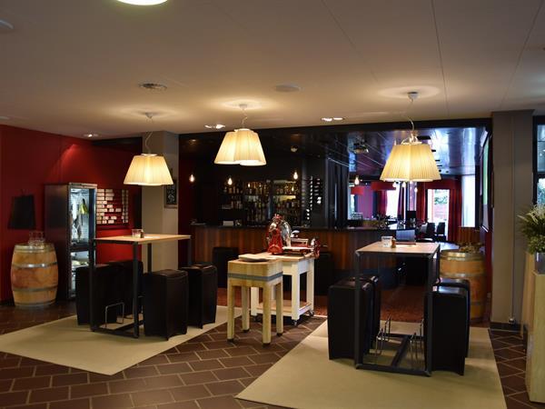 Bar & Lounge Swiss-Belhotel du Parc