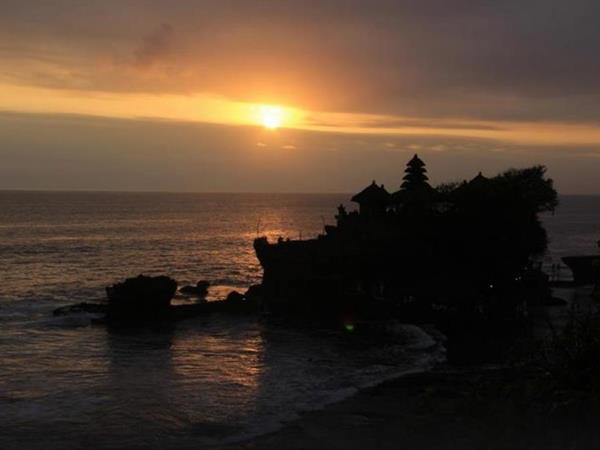 Tanah Lot