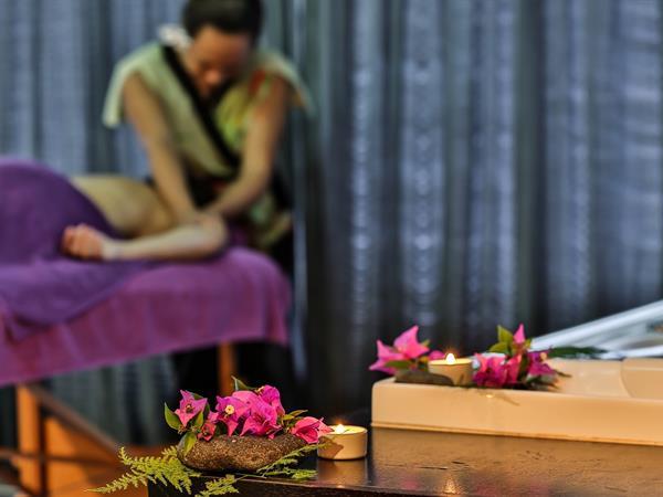 Massage Taurumi Le Tahiti by Pearl Resorts