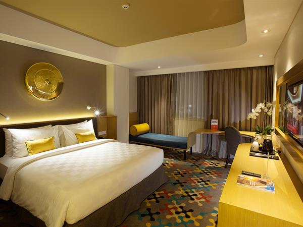 Deluxe Room Hotel Ciputra Cibubur