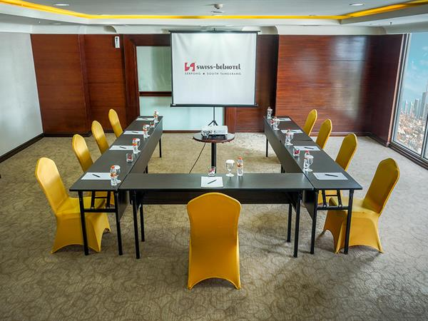 Meeting Room Swiss-Belhotel Serpong