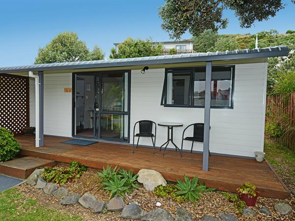 Self Contained Unit (SCU) Bowentown Beach Holiday Park