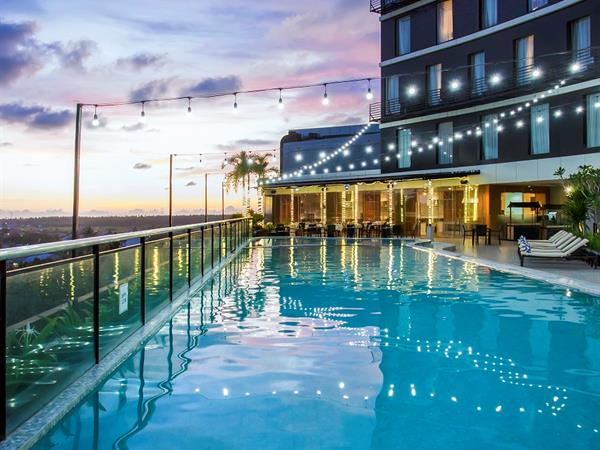 Swimming Pool Swiss-Belinn Singkawang