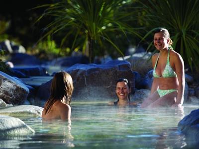 Rotorua - Te Puia & Polynesian Spa NZ Shore Excursions