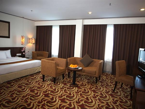 Executive Suite