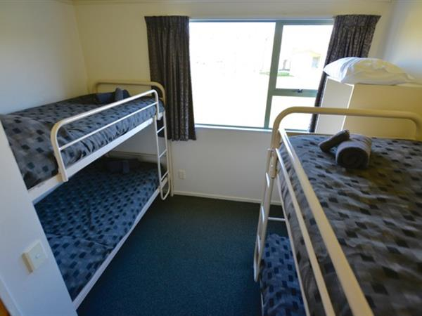 Self Contained Unit 2 Bedroom