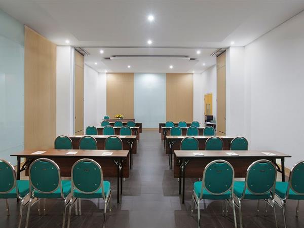 Ruang Pertemuan Zest Yogyakarta