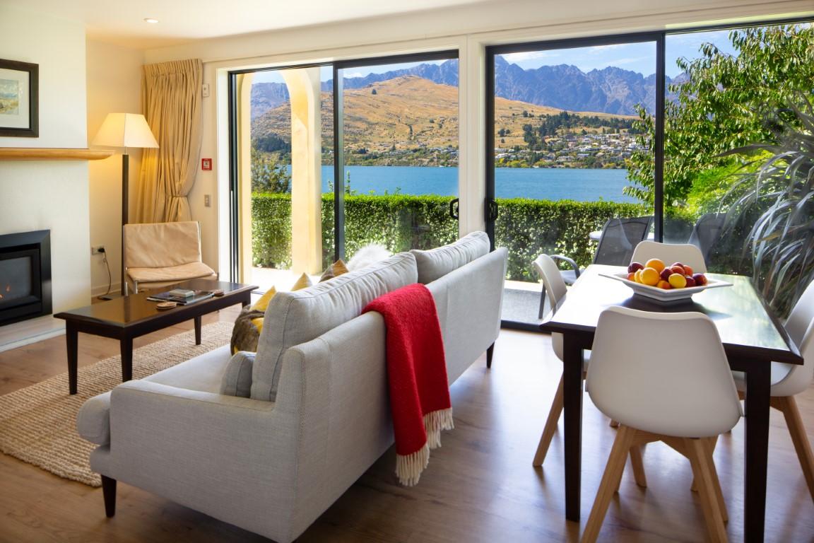 Queenstown Accommodation Villa del Lago
