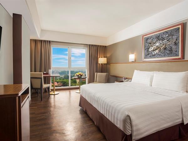 Deluxe Rooms Swiss-Belhotel Bogor