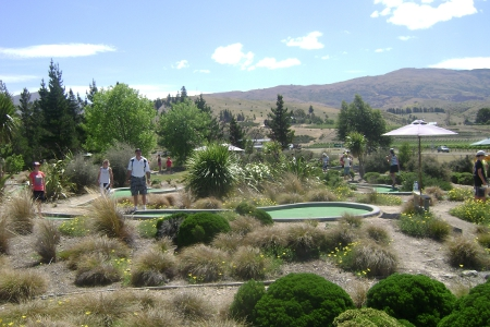 Cromwell Mini Golf
