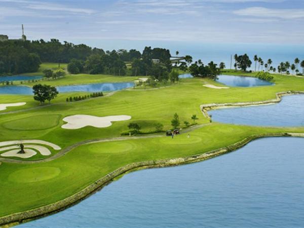 Jababeka Golf and Country Club Swiss-Belinn Cikarang