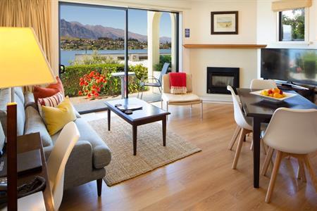 1 Bedroom Corner Suite