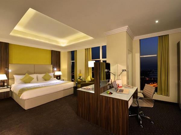 غرف سوبيريور فندق سويس بل هوتيل السيف، البحرين