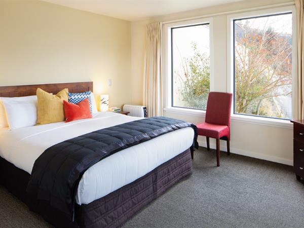 2 Bedroom Lakeview Villa Villa del Lago
