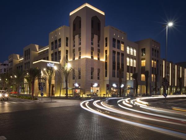 ذا ويف سويس- بل إن مسقط عمان
