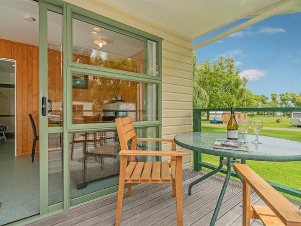 Kitchen Cabin Shelly Beach TOP 10 Holiday Park